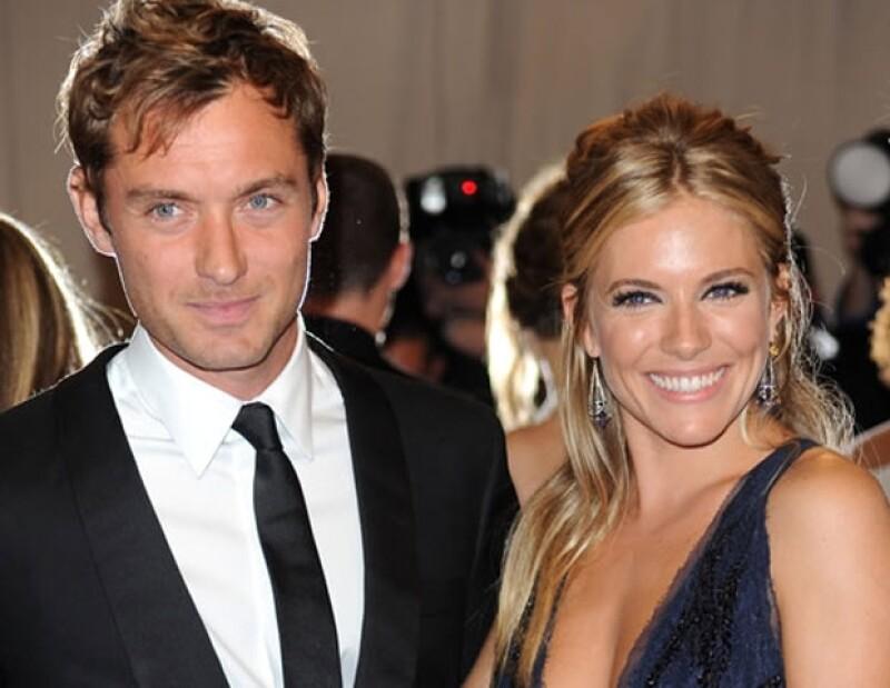 Sienna Miller fue traicionada por su prometido Jude con Daisy Wright, la niñera de sus hijos.