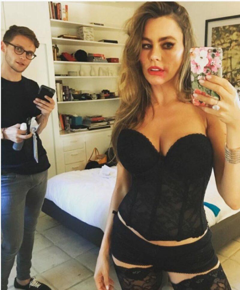 La actriz intentó publicar esta sexy selfie, sin embargo recibió varias críticas.