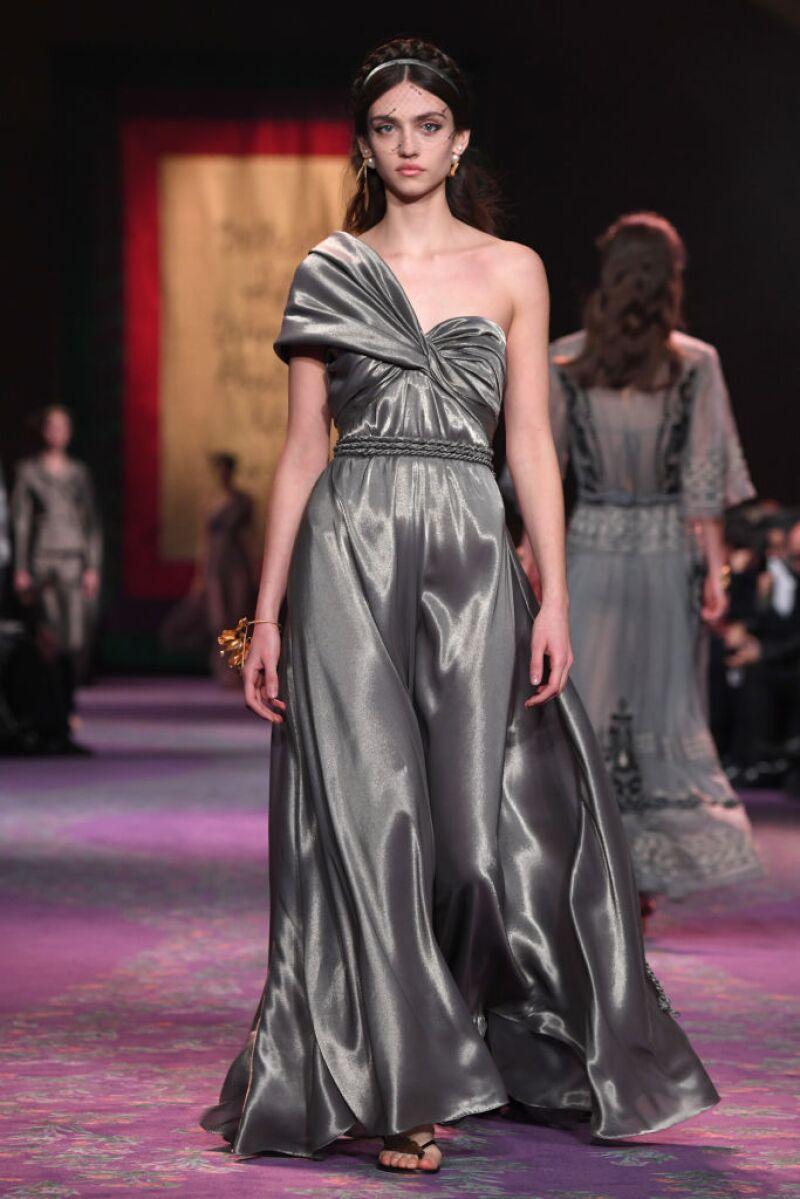 Dior : Runway - Paris Fashion Week - Haute Couture Spring/Summer 2020