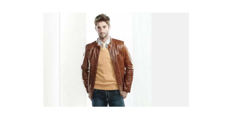 Para un look más varonil y atrevido las chaquetas de cuero son una opción pues no excluyen el estilo.