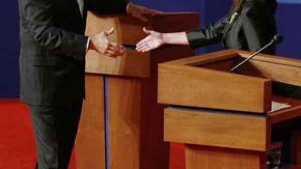 La candidata a la vicepresidencia de EU se mostró inexperta al lado de Joe Biden, candidato del partido demócrata, durante su encuentro de este jueves.