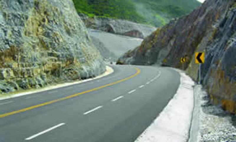 La ampliación de la carretera Mayad en Cancún requerirá de una inversión adicional de 1,900 millones de pesos. (Foto: Especial)