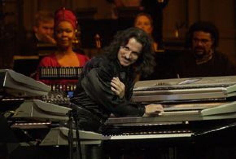 José José, Lucero, Olga Tañón y Cristian Castro son algunos de los cantantes latinos que participaron en el disco `Yanni voces´.