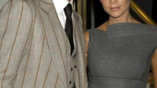 Si de parejas con estilo hablamos no hay nadie mejor que David y Victoria Beckham, siempre lucen impecables y a la moda.