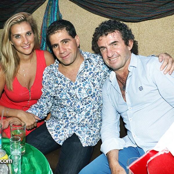 Cynthia Caballero, Lázaro Carrillo y Fredy Helfon