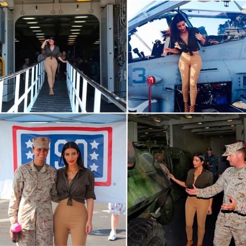 Kim recorrió las instalaciones y se fotografía con aeronaves de guerra.