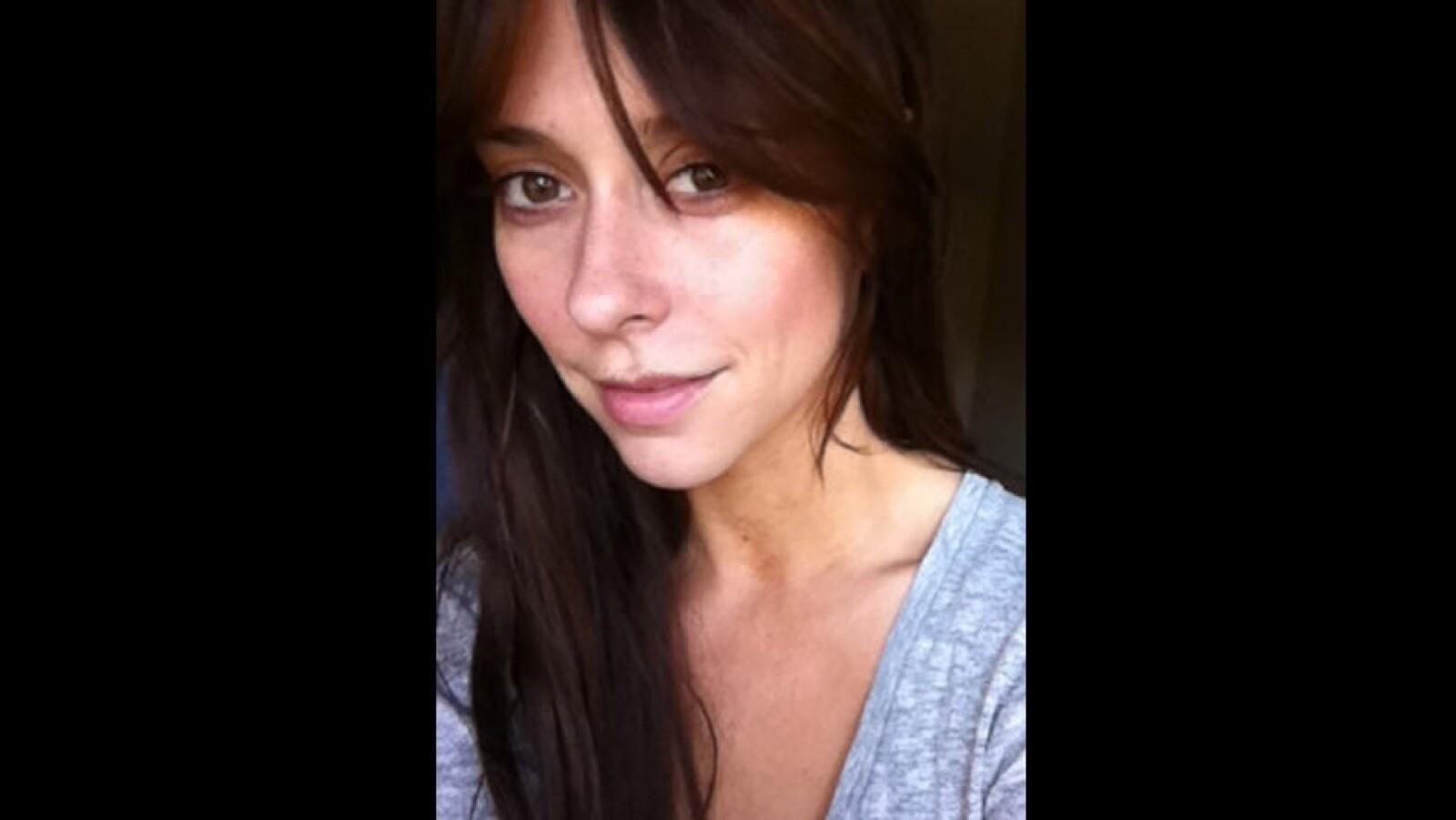 Jennifer Love Hewitt se dejó sin ver sin maquillaje en Twitte