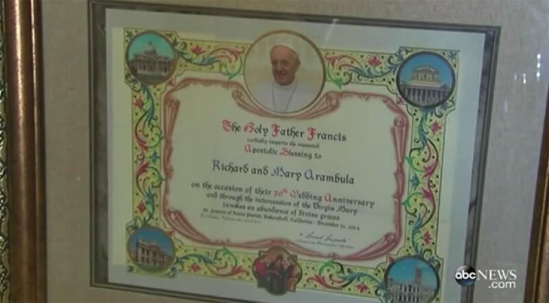 La nieta de esta pareja consiguió una bendición oficial desde el Vaticano para sus abuelos.
