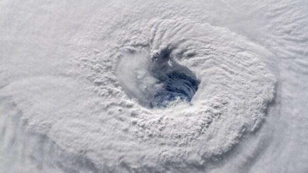 Ojo del huracán Florence NASA Estados Unidos