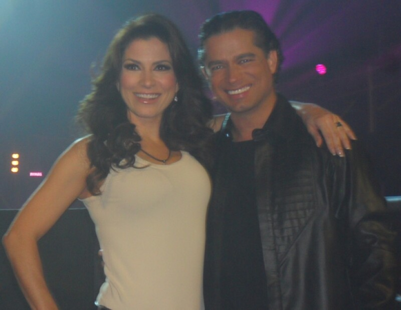 Ante su próxima boda con el cómico mexicano, la cantante aseguró que él es, sin duda, el hombre de su vida.