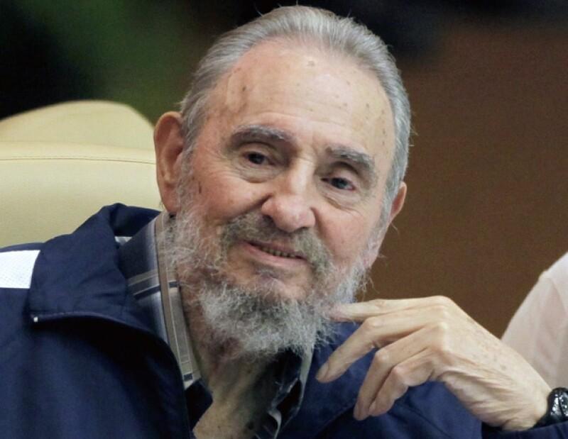 Fidel Castro declaró que aunque ya no fuera presidente de Cuba, seguiría aportando sus ideas para el desarrollo del país.