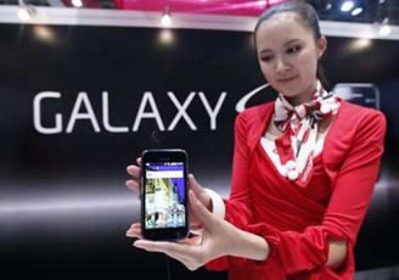 Galaxy S cuneta con el sistema operativo Android de Google. (Foto: Reuters)