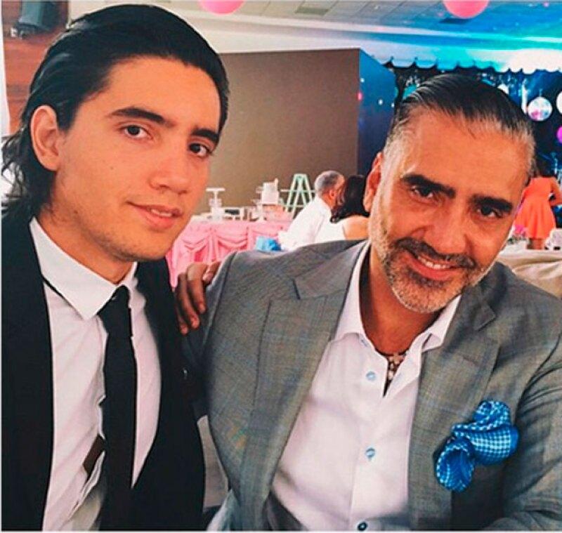 Este viernes, a sus 22 años, Alex inaugurará La Donitería, un novedoso concepto en Jalisco.
