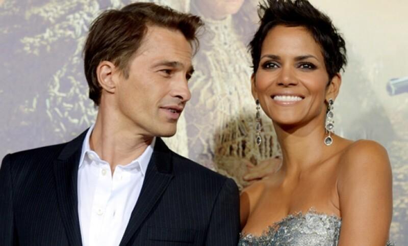 La actriz, de 46 años, espera su segundo hijo, aunque será el primero con su actual novio Olivier Martinez.
