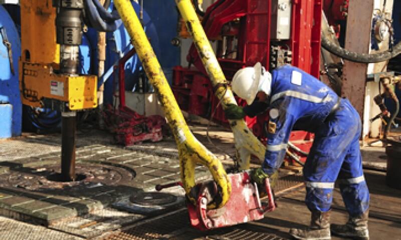 El petróleo Brent cerró con una caída de 1.65 dólares. (Foto: Reuters)