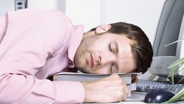 hombre con narcolepsia