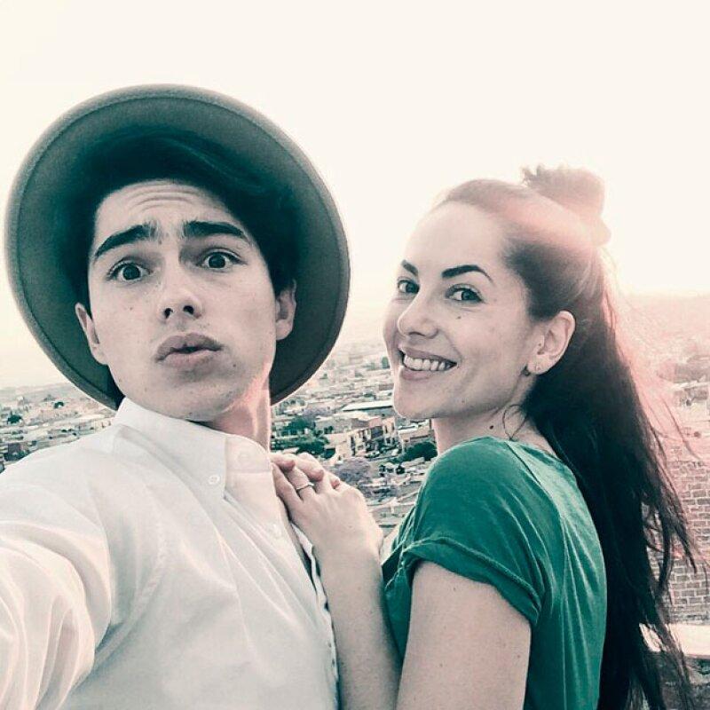 La feliz familia disfrutan de su estancia en San Miguel de Allende al máximo.