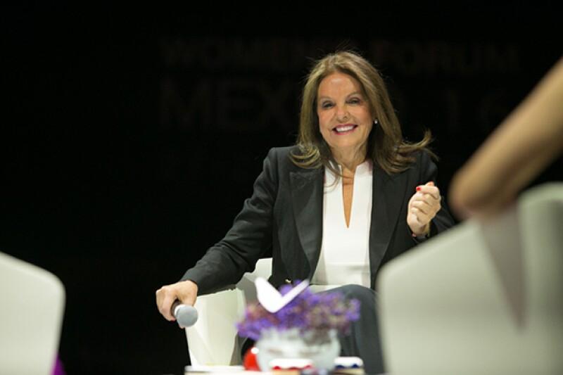 Marinela mostró su postura frente a la reforma educativa.