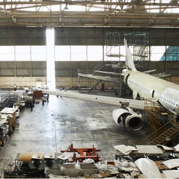 Hangar principal del MRO con capacidad para dar mantenimiento de cuatro a seis aviones