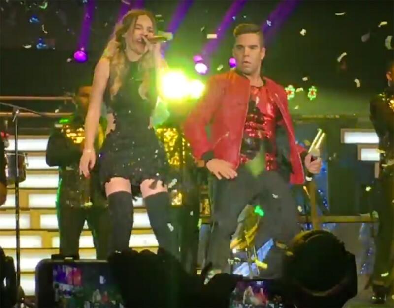 Belinda durante su concierto en el Pepsi Center WTC.