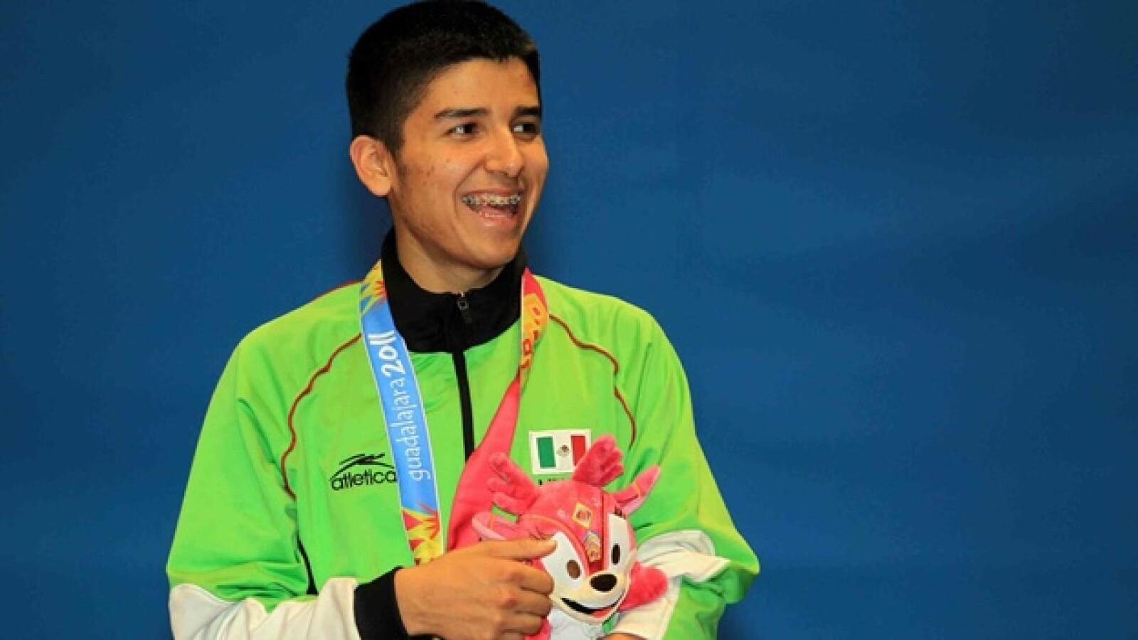 Rene Dominguez de Mexico medalla de plata,
