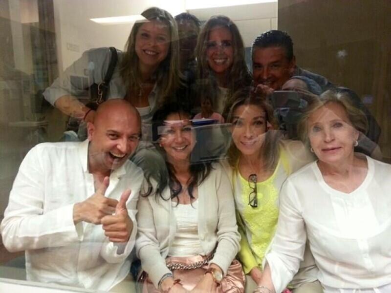 La bebé de Jacqueline Bracamontes y Martín Fuentes ayer pasó la primera noche en su hogar luego de estar internada por 18 días en el hospital.