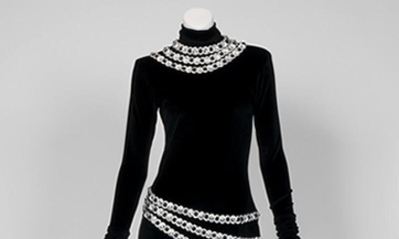 El vestido que usó la cantante está valorado en 1,000 dólares, pero probablemente se venda por más.  (Foto: AP)