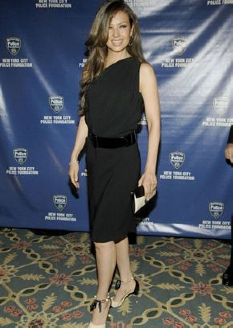 La cantante asistió a la Gala Anual de la Fundación de la Policía de Nueva York en compañía de su esposo, Tommy Mottola.