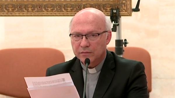 Obispos chilenos ponen sus cargos a disposición del papa por escándalo de abusos