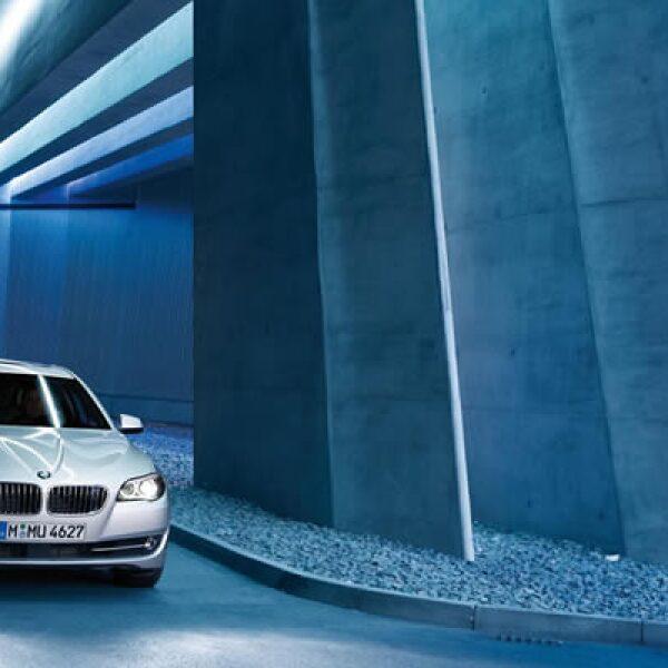Los precios del nuevo BMW Serie 5 2011 van desde los 55 mil hasta los 91 mil dólares, dependiendo del equipamiento deseado.