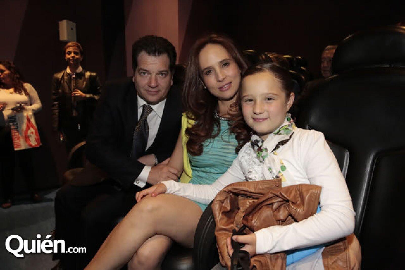 Miguel Alemán Magnani,Vanessa Serrano,Vanessa Alemán