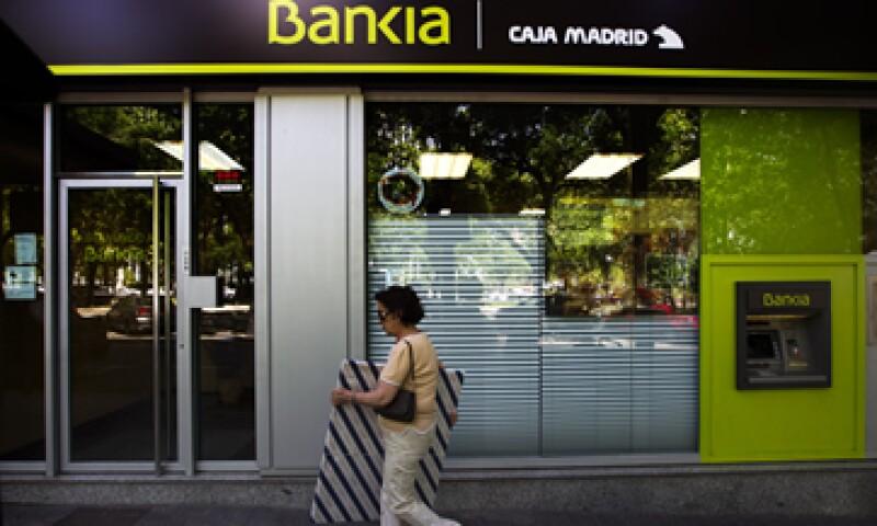 El anuncio se da en momentos en que la Comisión Europea elabora un plan para la creación de una unión bancaria. (Foto: Reuters)