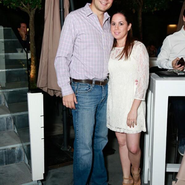 Alejandro Adame y Lucy Lorenzo