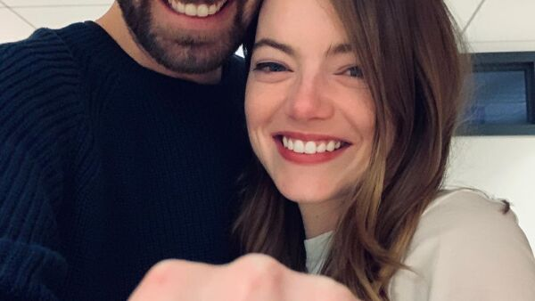 Dave McCary y Emma Stone