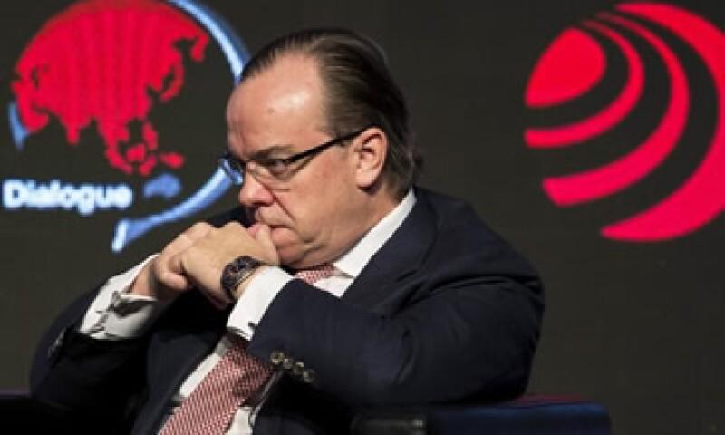 Como una 'experiencia dolorosa' calificó el presidente ejecutivo de HSBC, Stuar Gulliver, el caso de evasión en su filial de Suiza. (Foto: Reuters )