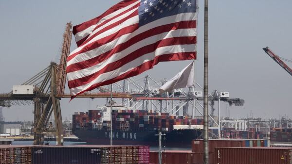 US to slap 10% tariff on $300 bn more in Chinese goods: Trump