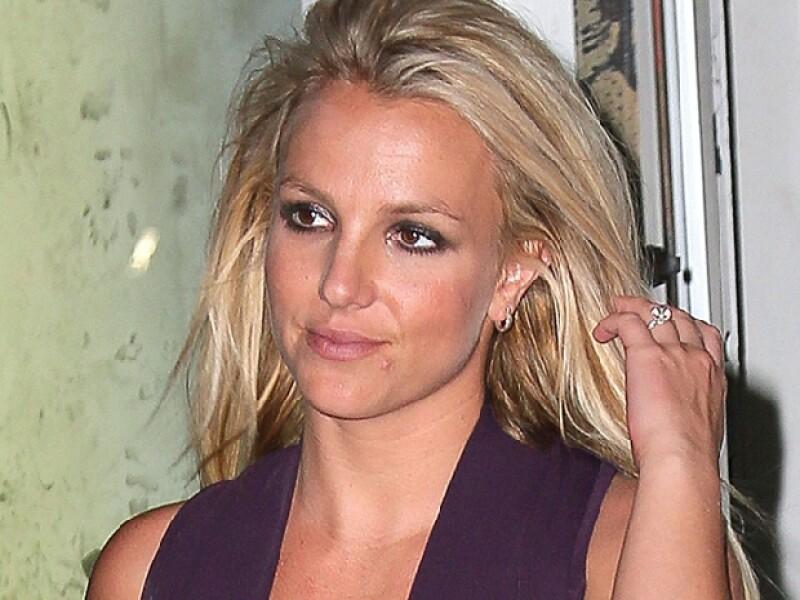 A pesar de que Britney Spears, Lindsay Lohan y Macaulay Culkin son muy jóvenes, sus polémicas y escandalosas vidas los han llevado a aparentar una mayor edad a la que tienen en realidad.