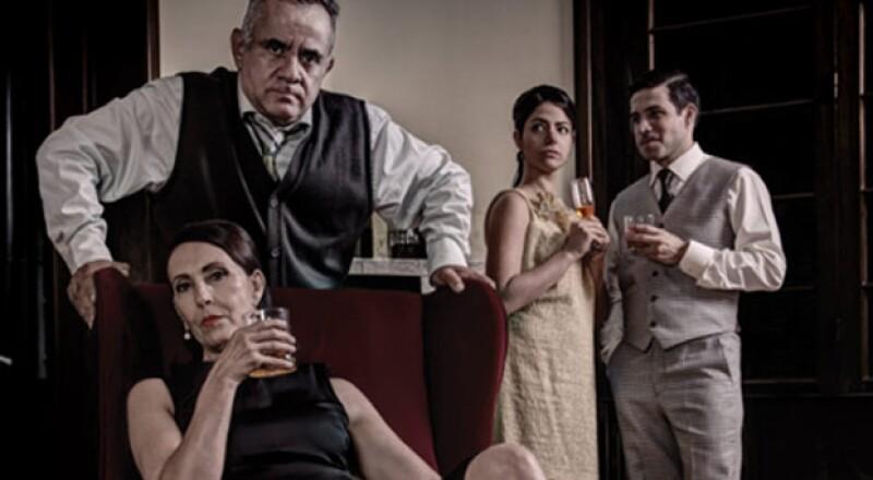 Puesta en escena de una obra `Clásica-Contemporánea´, con un elenco de primera, donde se habla de esa sutil línea entre el amor y el odio en medio de reproches y alcohol.