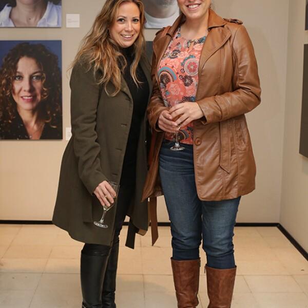 Daniela Fontecilla y Paola Marín