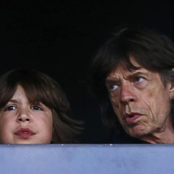 Jagger es padre de siete hijos. Aquí con Lucas disfrutando de los Juegos Olímpicos de 2012.