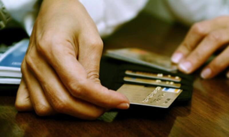 El Banco de México indicó que los bancos con la TEPP fueron Ixe Tarjetas, BBVA Bancomer y Santander. (Foto: Thinkstock)