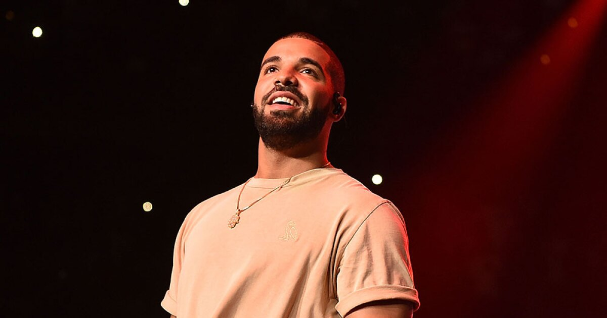 Woman arrested tried to enter Drake's house with knife in hand