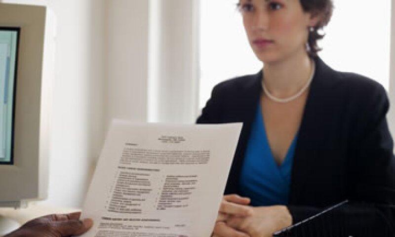 El currículum debe reflejar por qué el candidato se interesa en un puesto, tener buena redacción y ortografía e información actualizada. (Foto: Thinkstock)