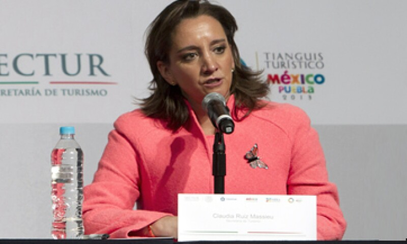 La actual secretaria de Turismo, Claudia Ruiz Massieu, está interesada en contender por la gubernatura de Guerrero dentro de dos años. (Foto: AP)