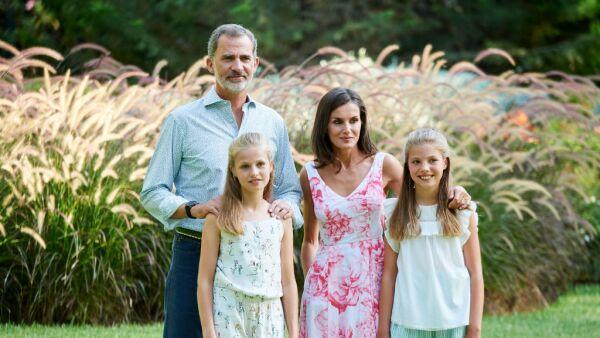 Los reyes de España y sus hijas
