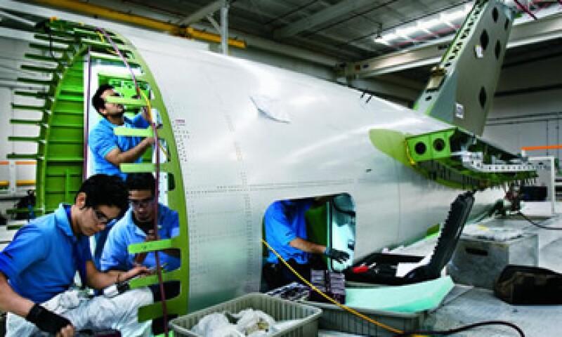 Bombardier dijo que los despidos comenzarán en junio de 2015. (Foto: Alfredo Pelcastre/ Mondaphoto)