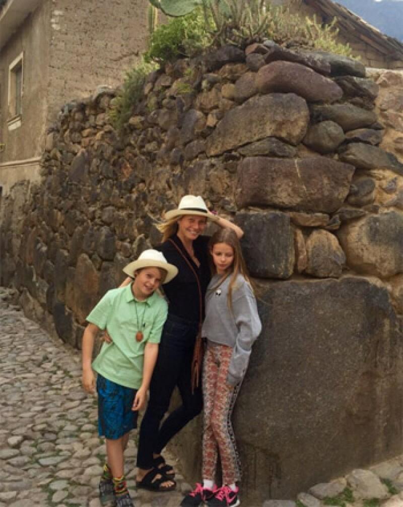 Gwyneth Paltrow y sus hijos en Machu Picchu