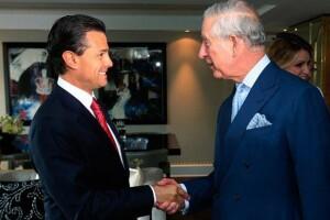 El presidente mexicano con Carlos de Gales.
