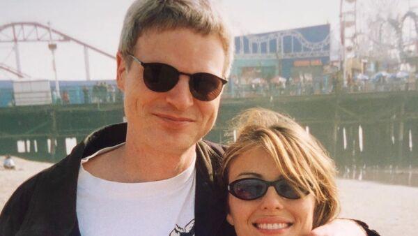 Steve Bing y Elizabeth Hurley.