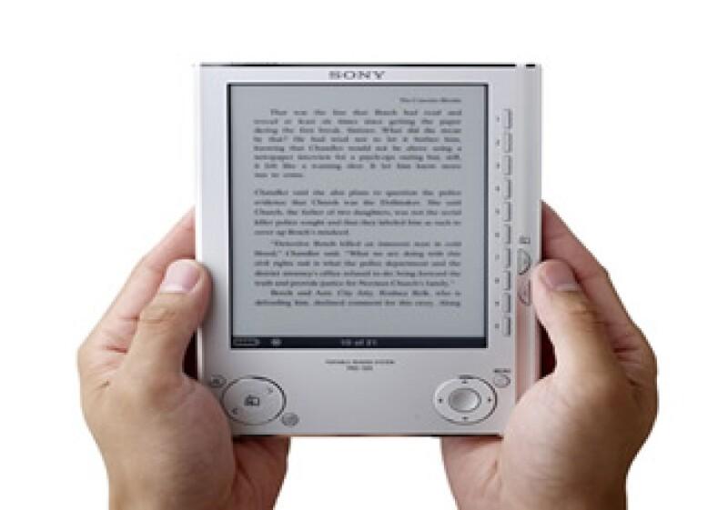 El dispositivo Pocket Reader tiene una pantalla de 5 pulgadas. (Foto: Reuters)
